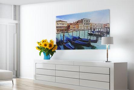 Woonruimte met bootjes in venecie op plexiglas